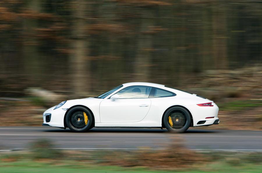 Porsche 911 side profile