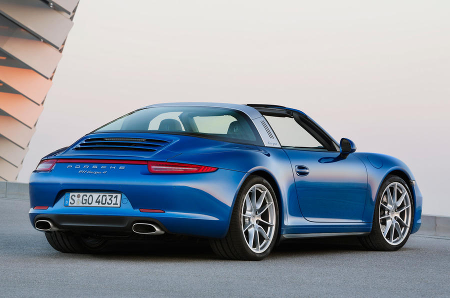 Classic roof design for new Porsche 911 Targa