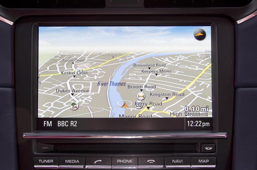 Porsche 911 Targa infotainment system