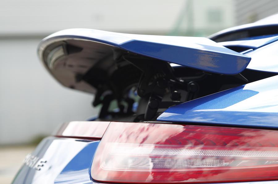 Porsche 911 Targa rear spoiler