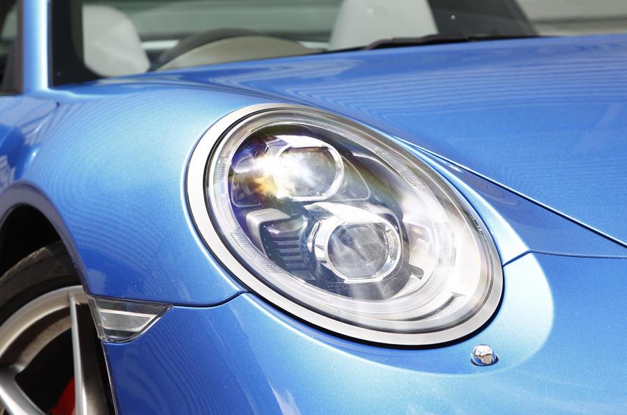 Porsche 911 Targa headlights