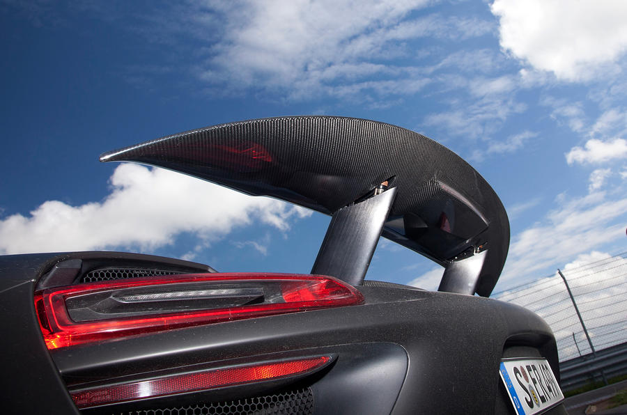 Porsche 918 rear wing