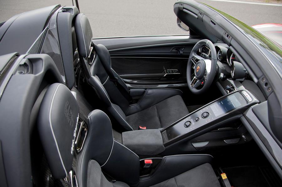 Porsche 918 Targa roof