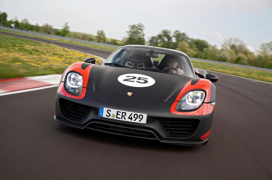Porsche 918 front end