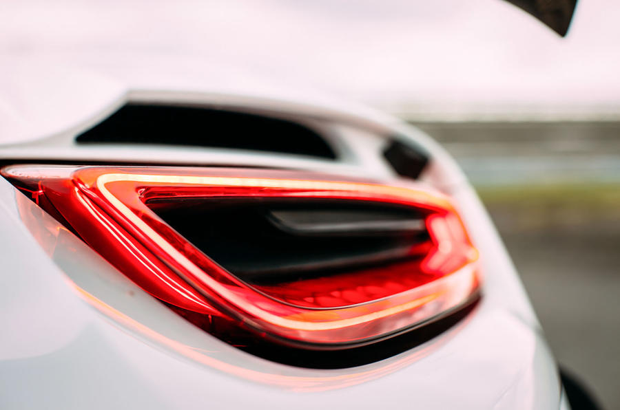 Porsche 918 Spyder LED tailights