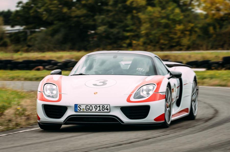 Porsche 918 Spyder cornering