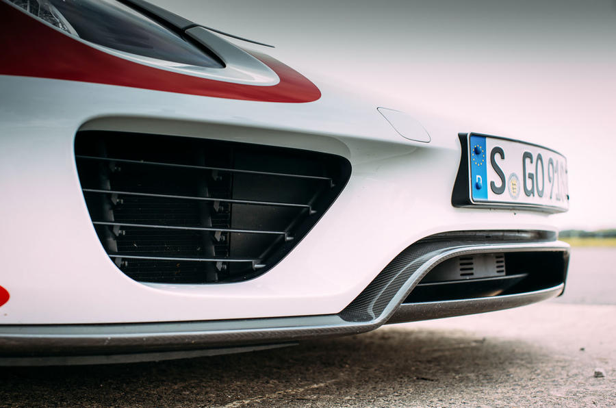 Porsche 918 Spyder air intakes