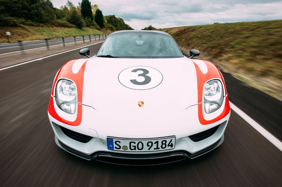 Porsche 918 Spyder front end