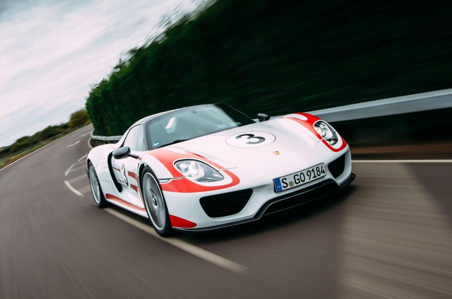 Porsche 918 Spyder front quarter