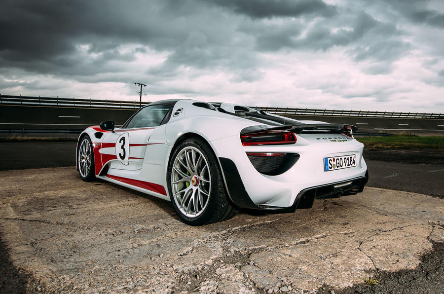 Porsche 918 Spyder rear quarter