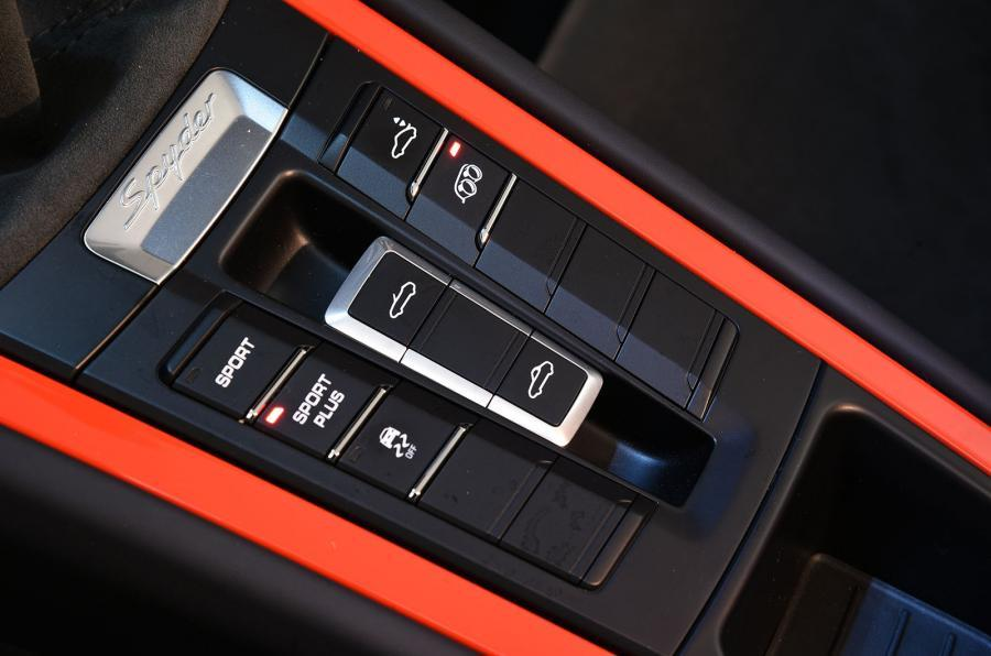 Porsche Boxster Sypder roof controls