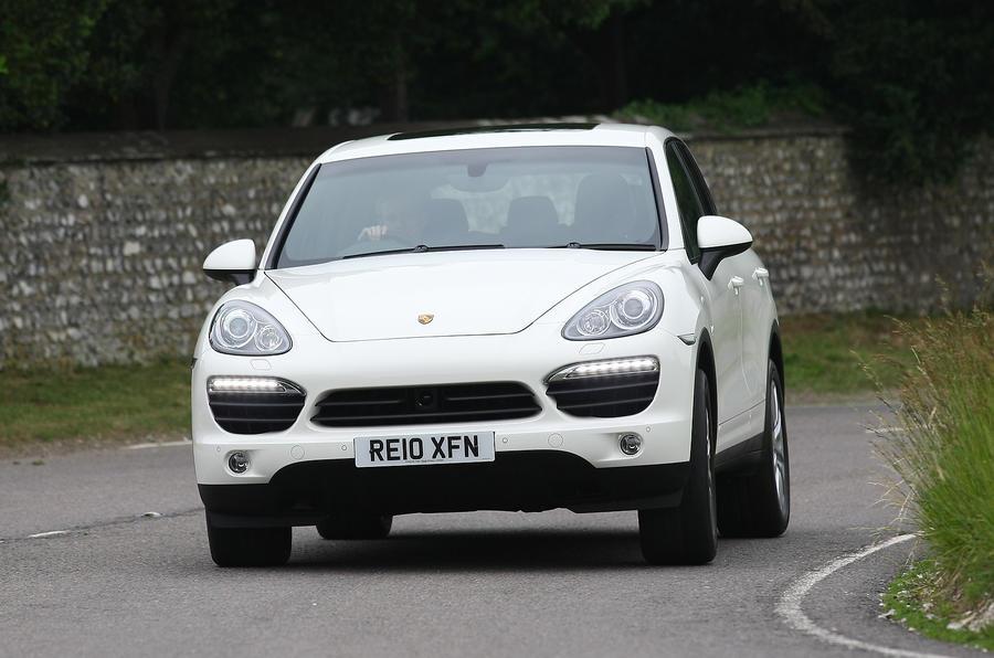 Porsche Cayenne cornering