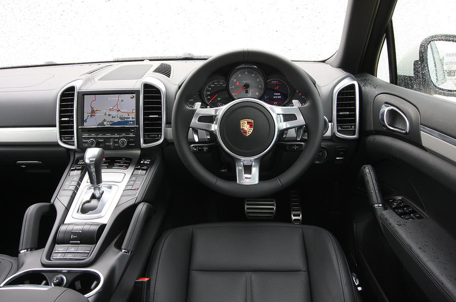 porsche cayenne interior autocar. Black Bedroom Furniture Sets. Home Design Ideas