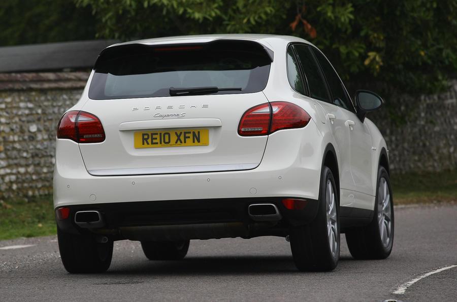 Porsche Cayenne rear cornering