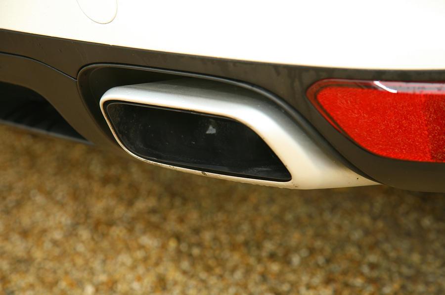 Porsche Cayenne twin exhausts