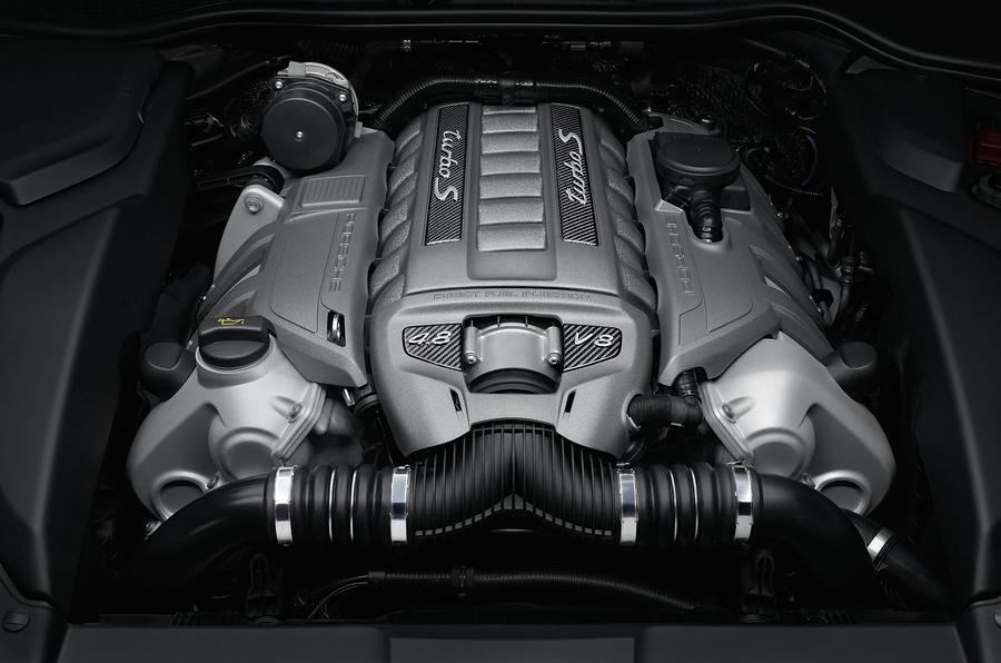 4.0-litre V8 Porsche Cayenne engine