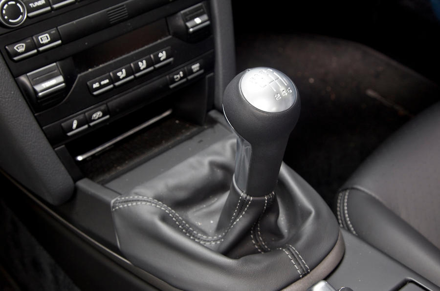Porsche Cayman manual gearbox