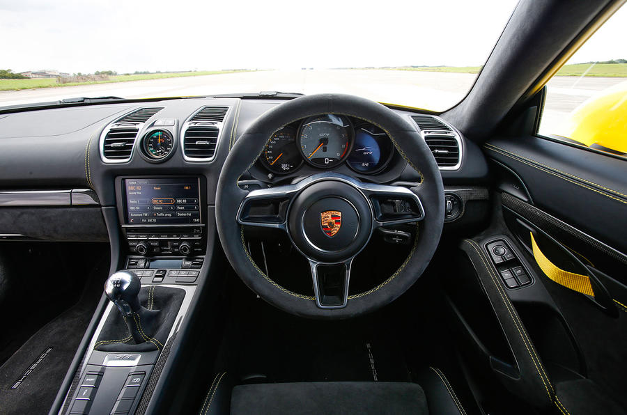 porsche cayman gt4 2015 2016 interior autocar. Black Bedroom Furniture Sets. Home Design Ideas