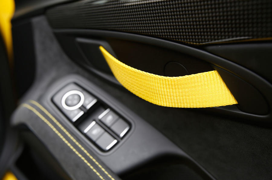 Porsche Cayman GT4 door card