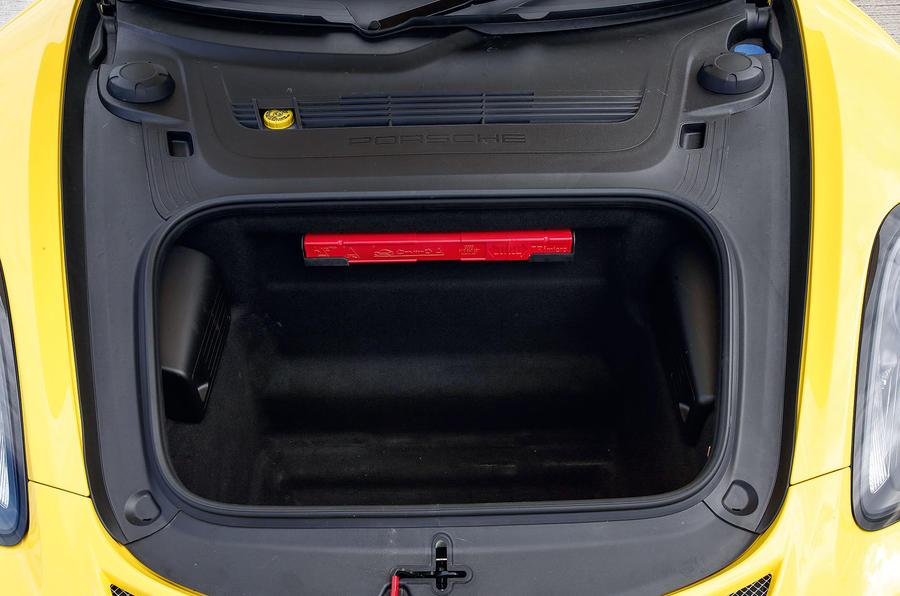 Porsche Cayman GT4 front space