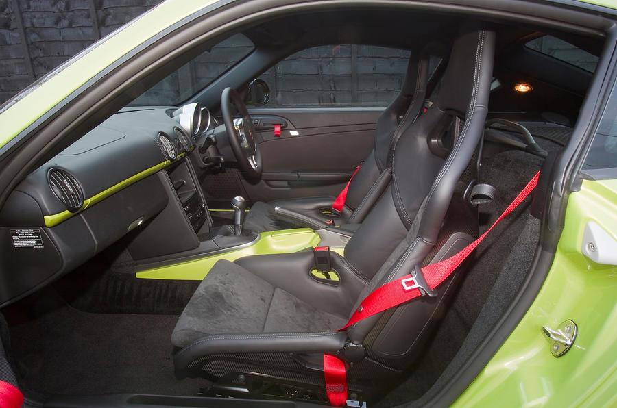 Porsche Cayman R interior