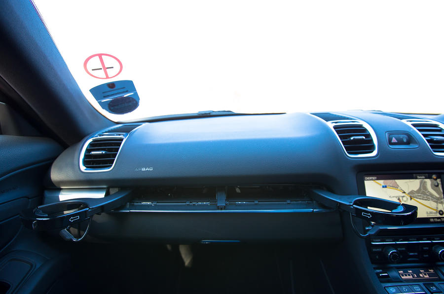 Porsche Cayman glovebox