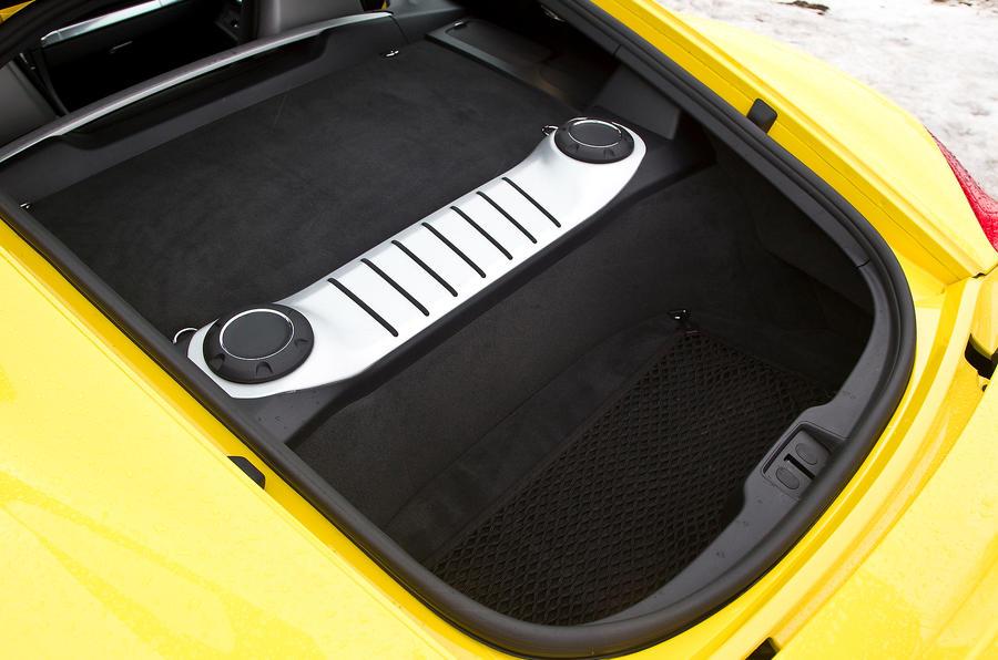 Porsche Cayman S anti-roll bar