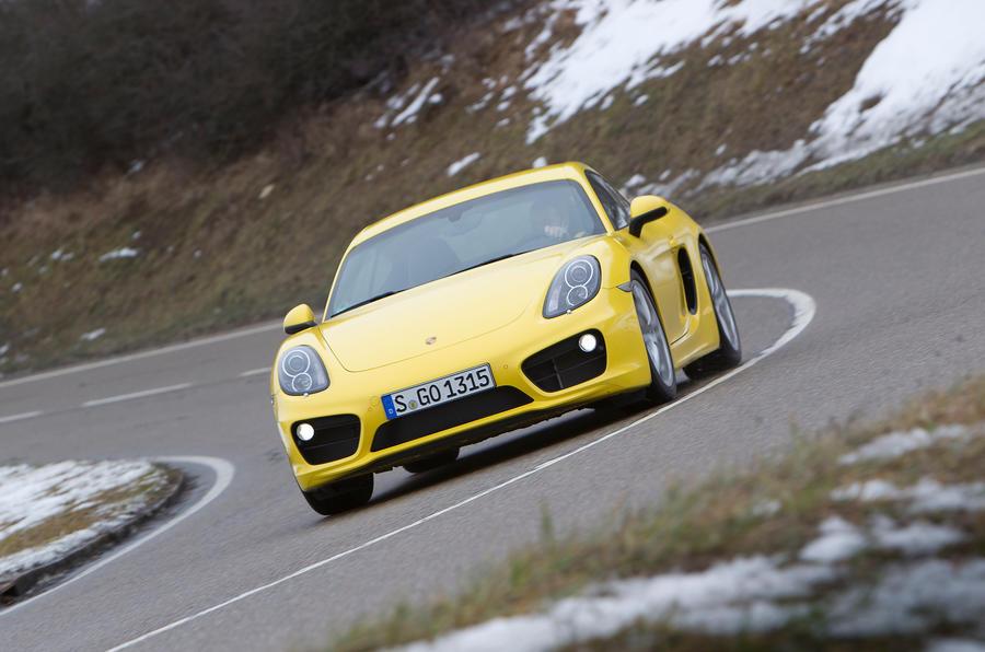 Porsche Cayman S cornering