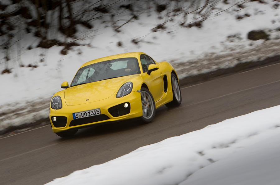 Porsche Cayman S drifting