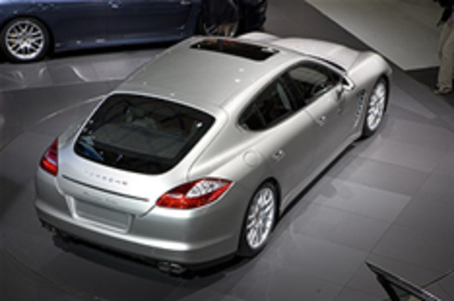More pics: Porsche Panamera