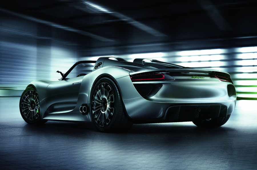 Porsche 918 Spyder buyers line up