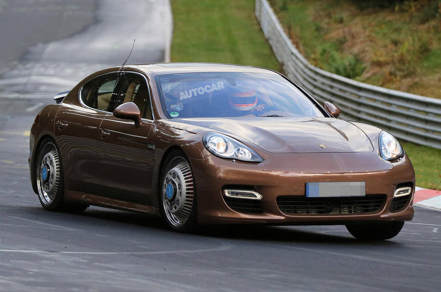 Next Porsche Panamera to get new V6 and V8 engines