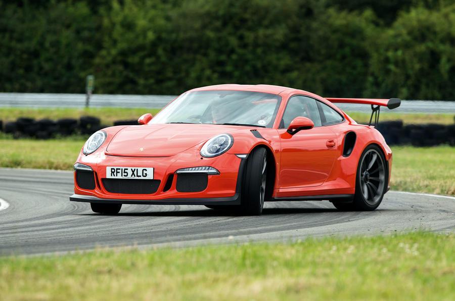 Porsche 911 GT3 RS cornering
