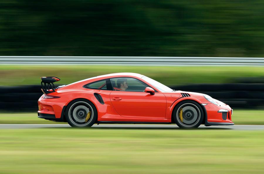 Porsche 911 GT3 RS side profile