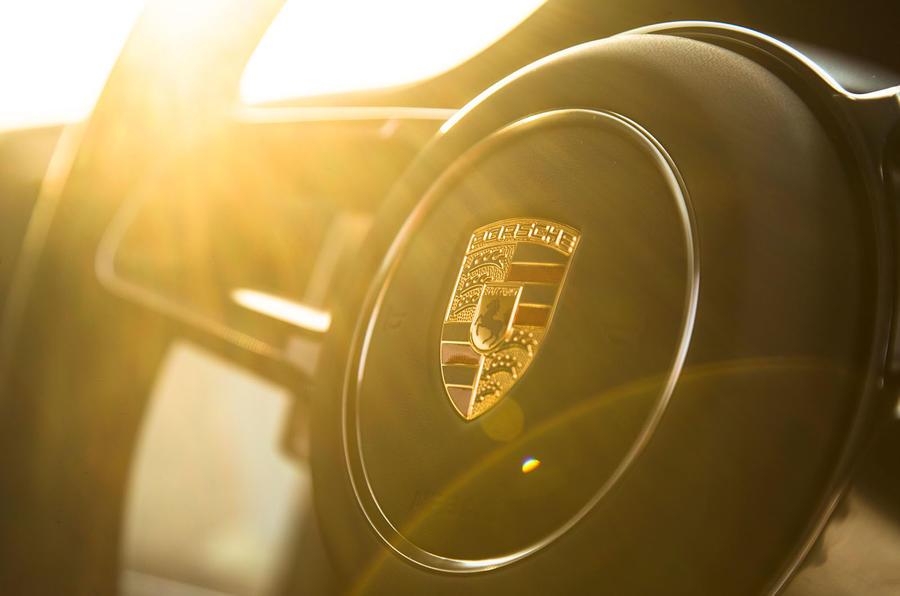 Porsche 911 GT3 RS steering wheel