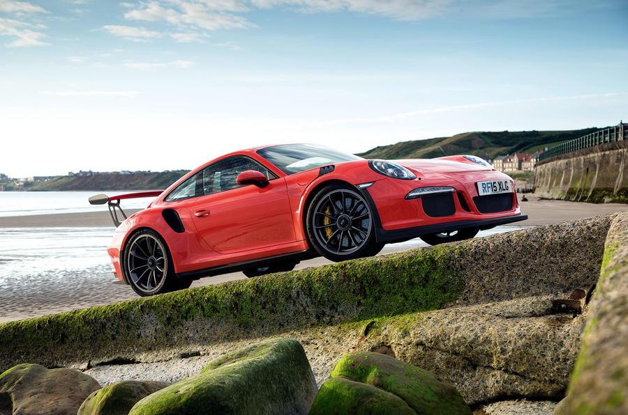5 star Porsche 911 GT3 RS