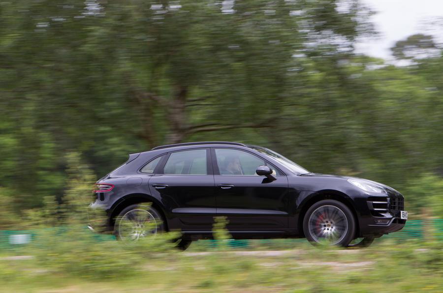 Porsche Macan side profile