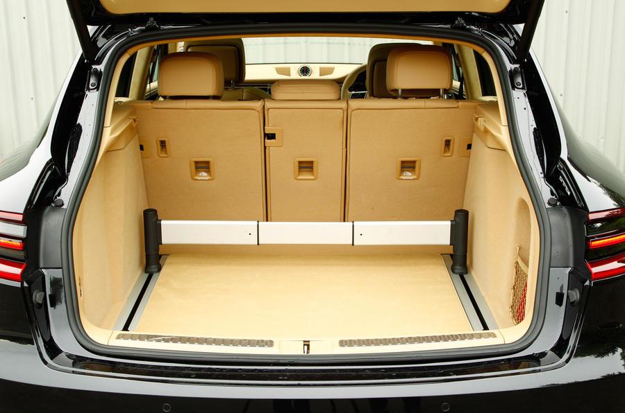 Porsche Macan boot space