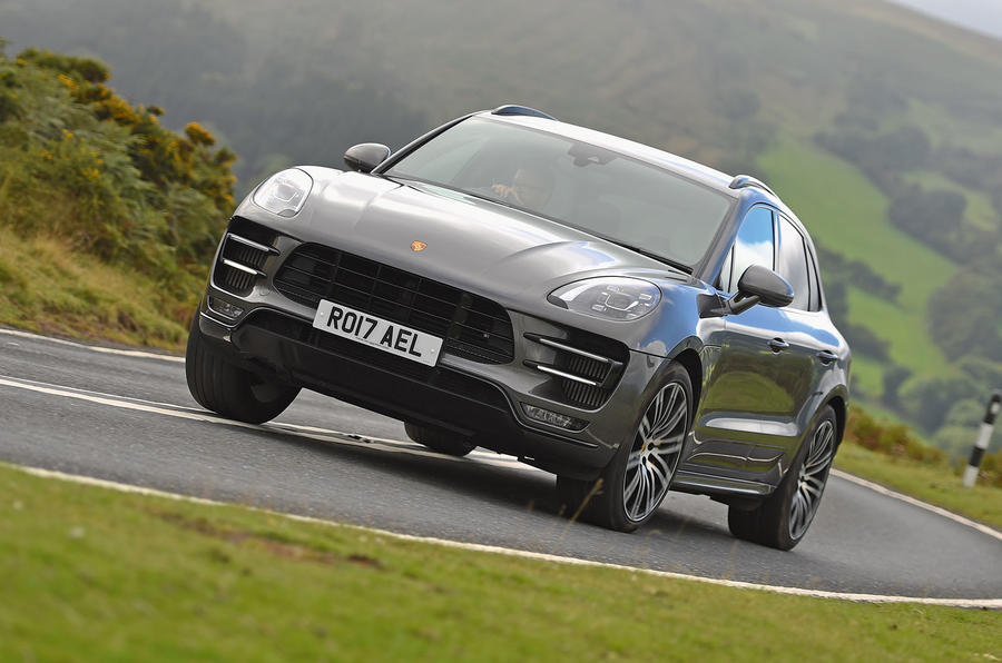 4 star Porsche Macan Turbo