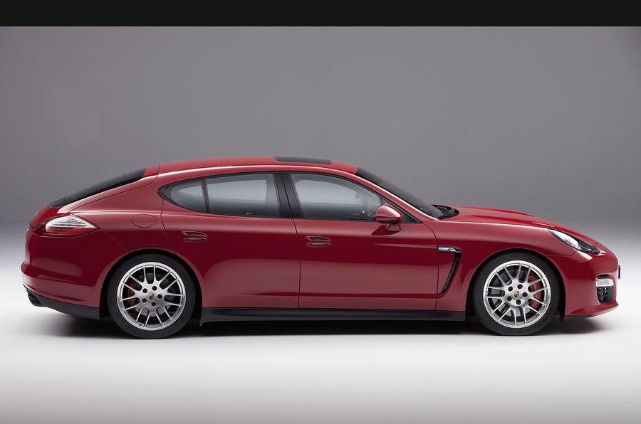 LA show: Porsche Panamera GTS
