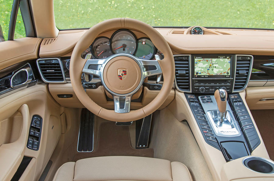 Porsche Panamera interior | Autocar