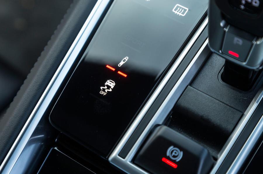 Porsche Panamera adaptive suspension controls