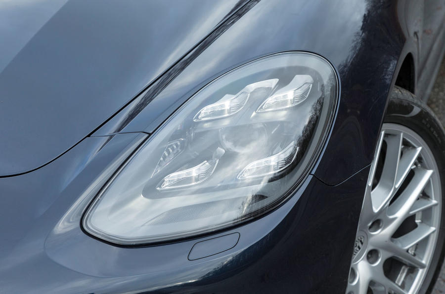 Porsche Panamera LED headlights