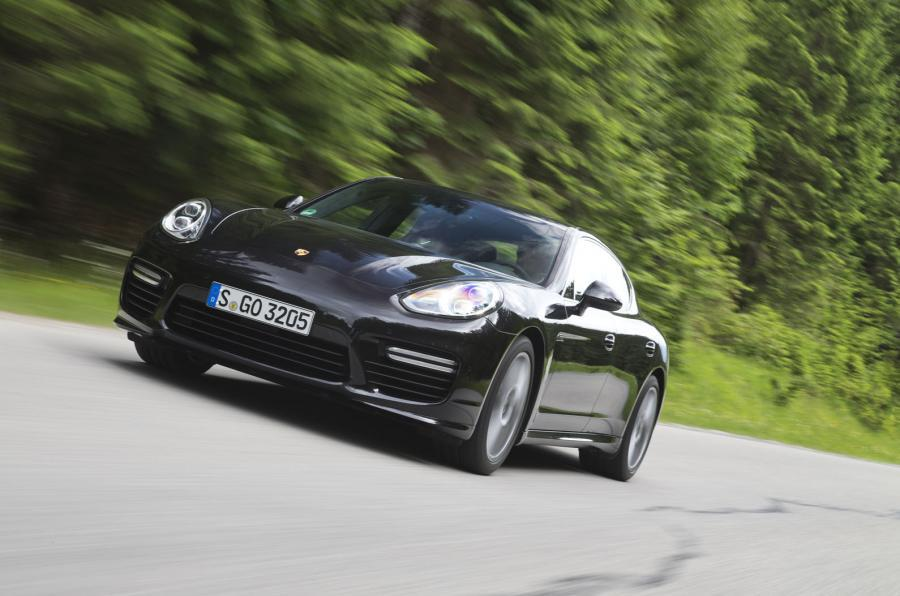 4 star Porsche Panamera Turbo