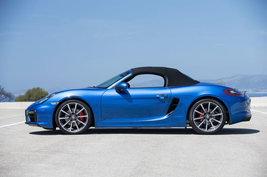 Porsche Boxster GTS roof closed