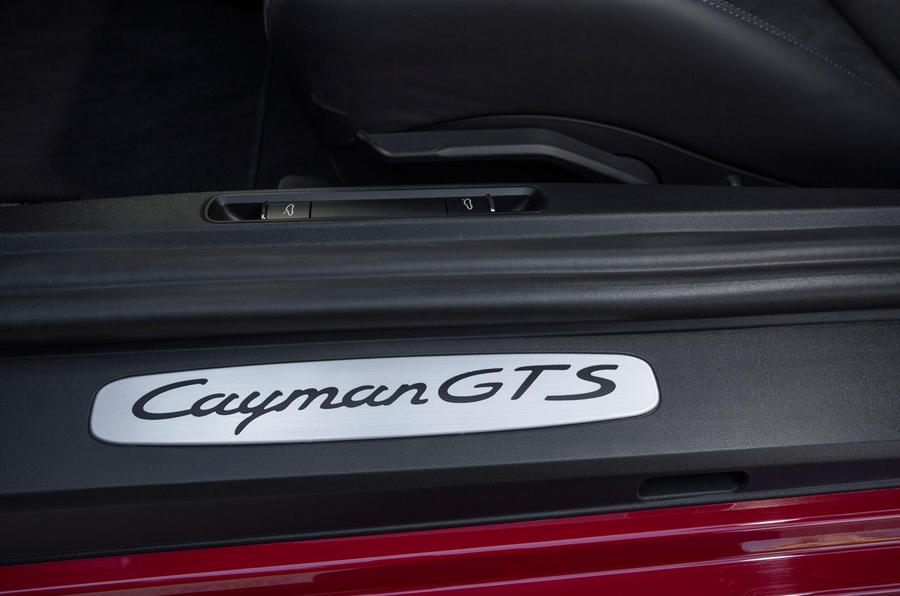 Porsche Cayman GTS kickplates