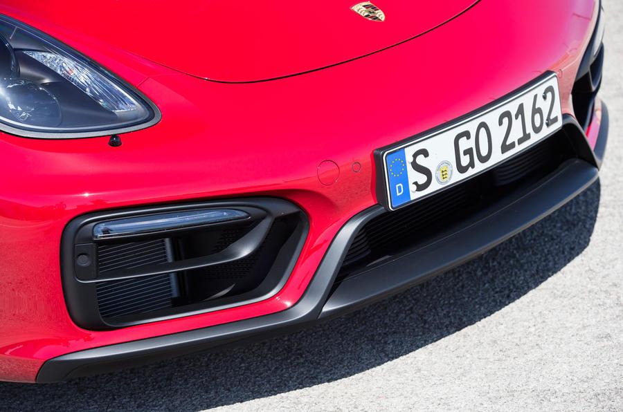 Porsche Cayman GTS front diffuser