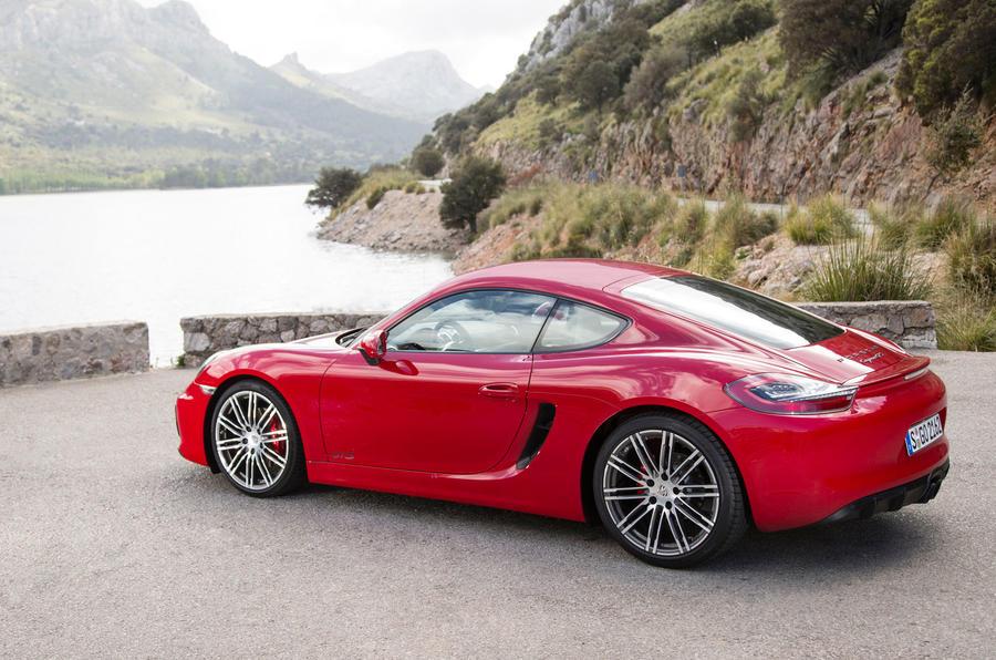 5 star Porsche Cayman GTS