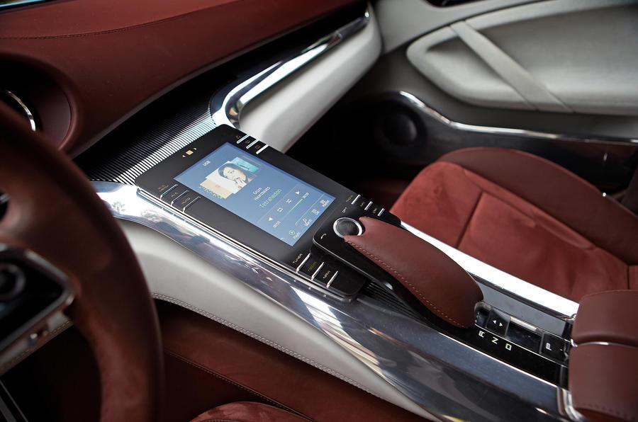 Porsche Panamera Sport Turismo centre console