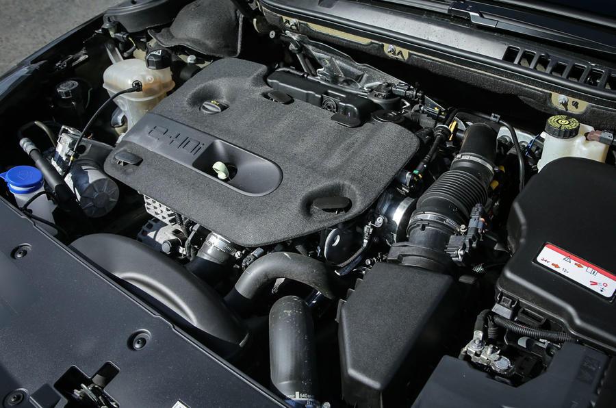 Peugeot 508 RXH 2.0-litre turbodiesel engine